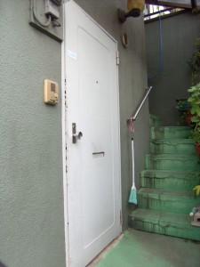 マンションの玄関ドア交換リフォーム