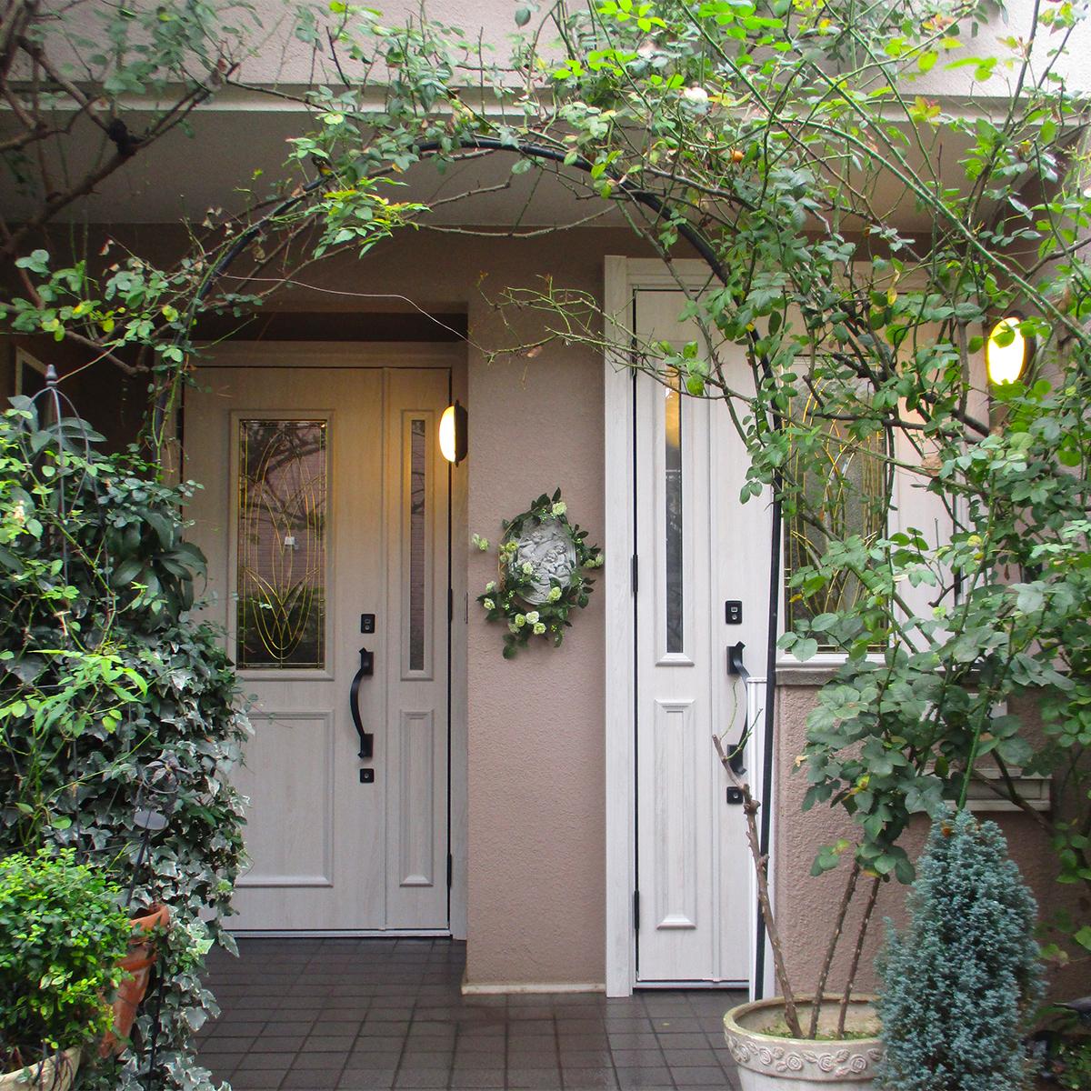 2世帯住宅の玄関ドア交換